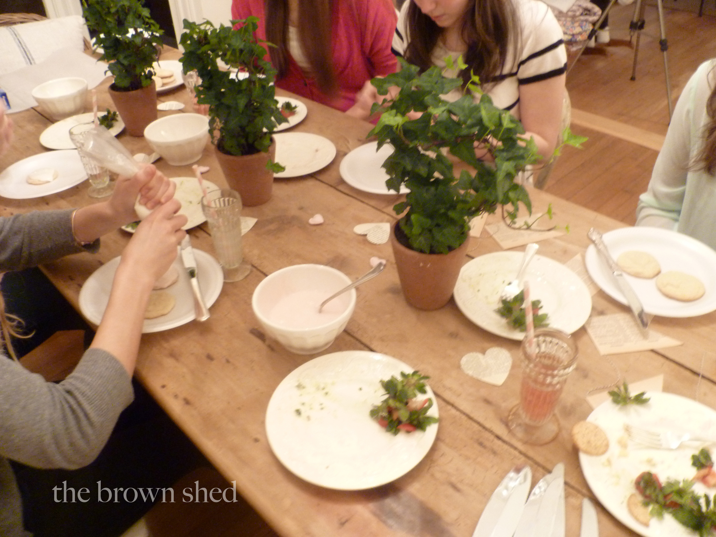 Simple Valentine Party | thebrownshed.com