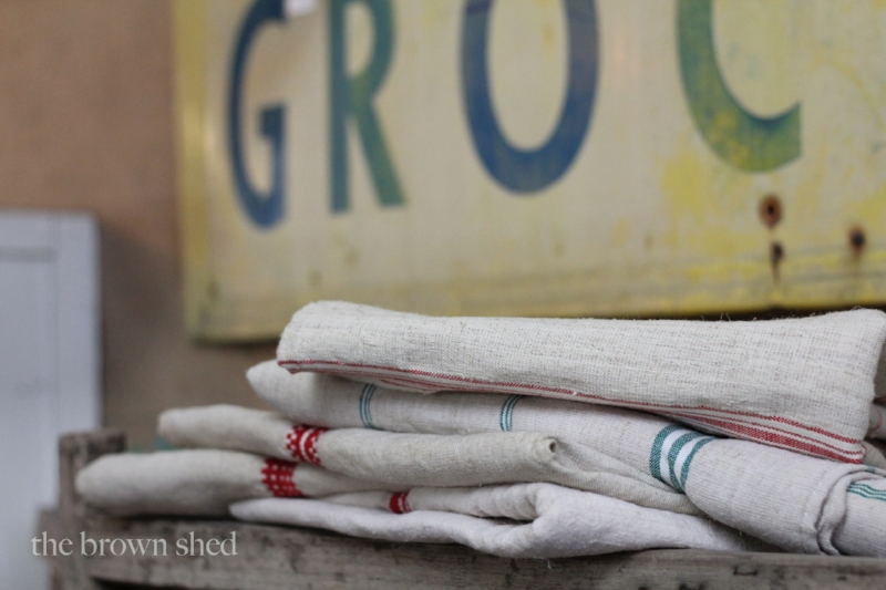 flax tablecloths - vintage sign   thebrownshed.com