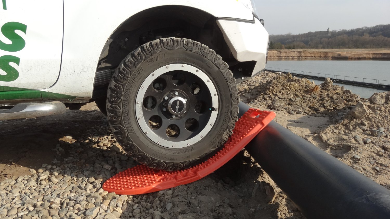 HEBE Kunststoff-Sandbleche Durchbiegung 3.JPG
