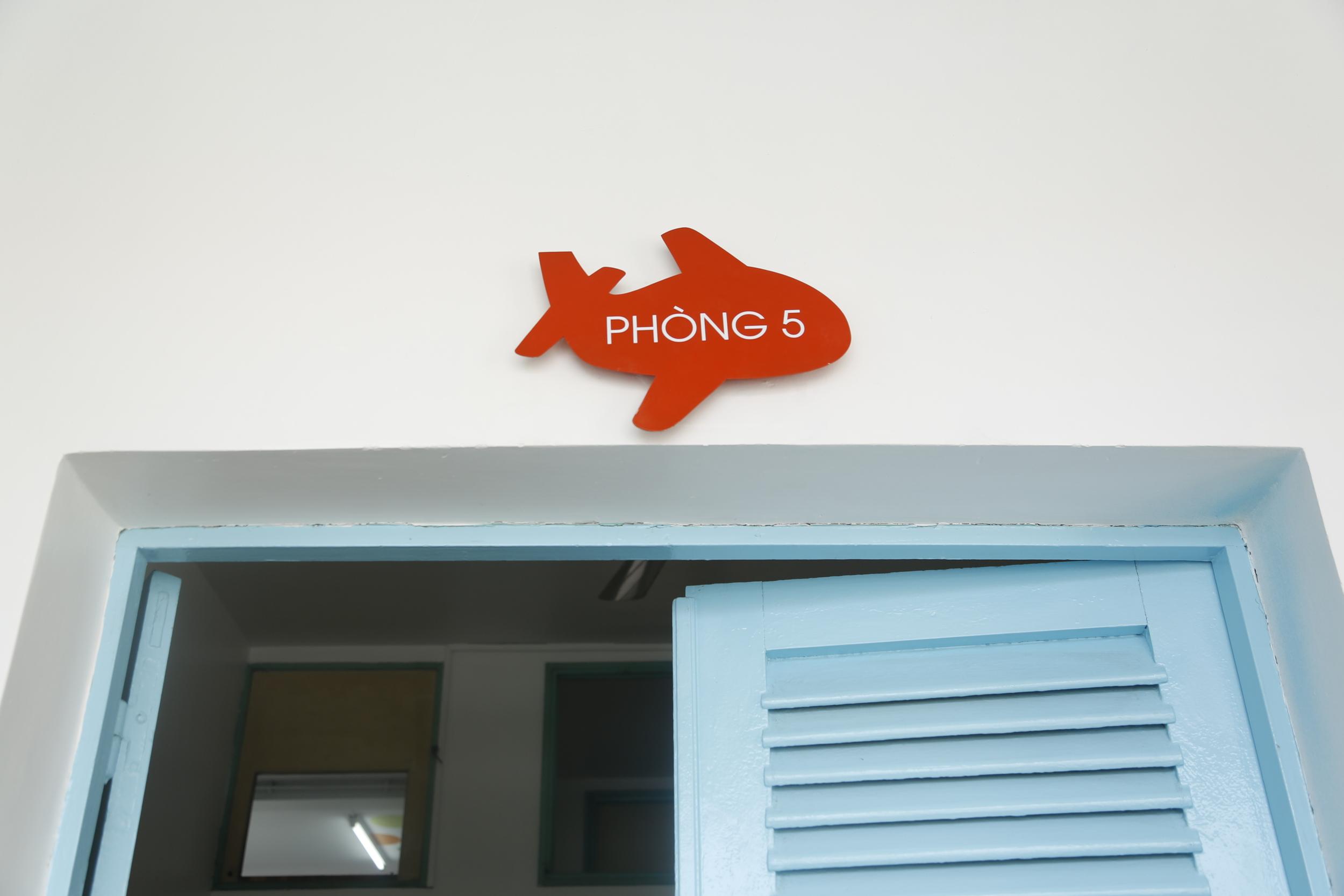 roomsign 3.JPG