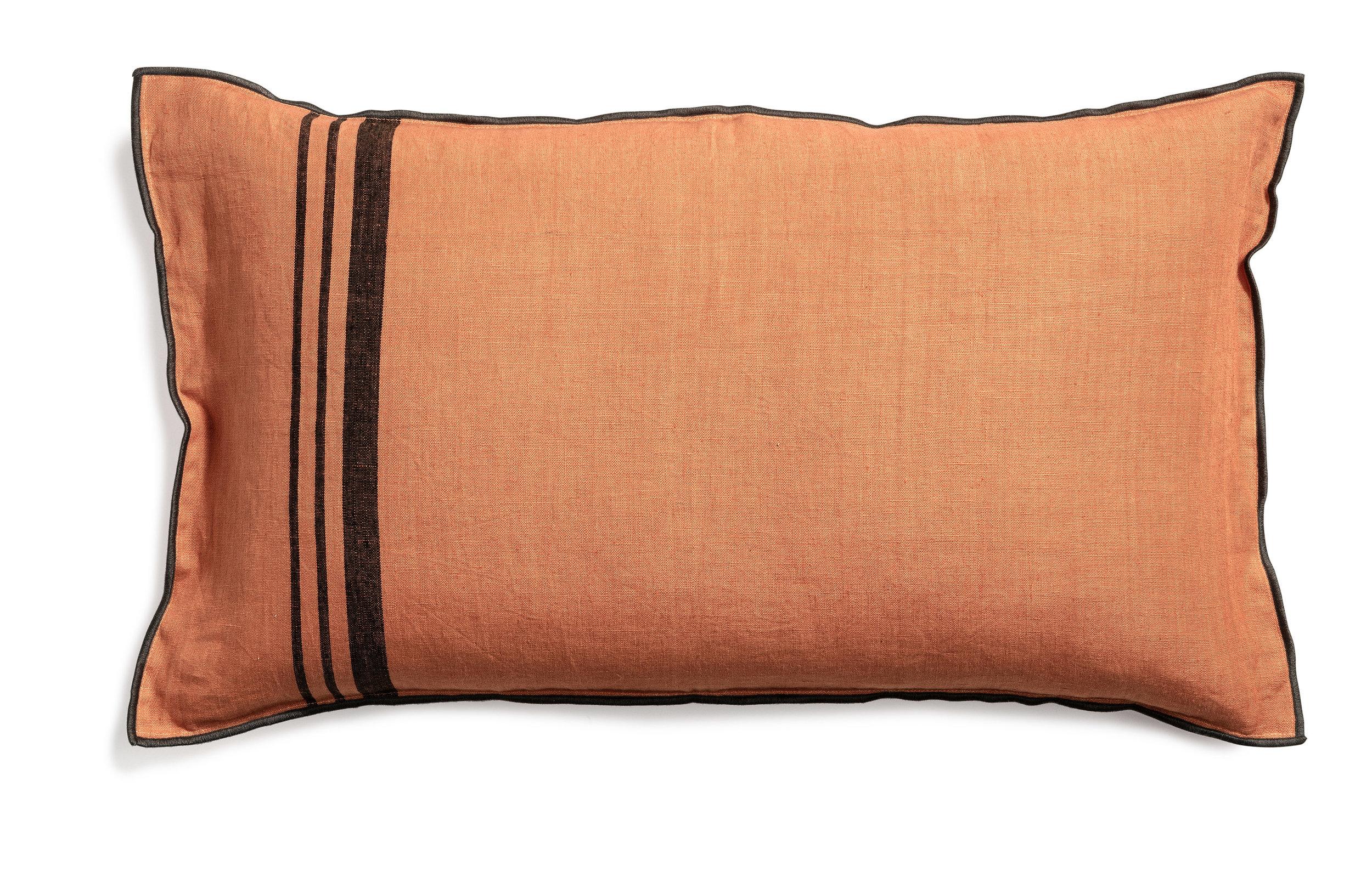 Loke cushion stripe dry terracotta 40x70