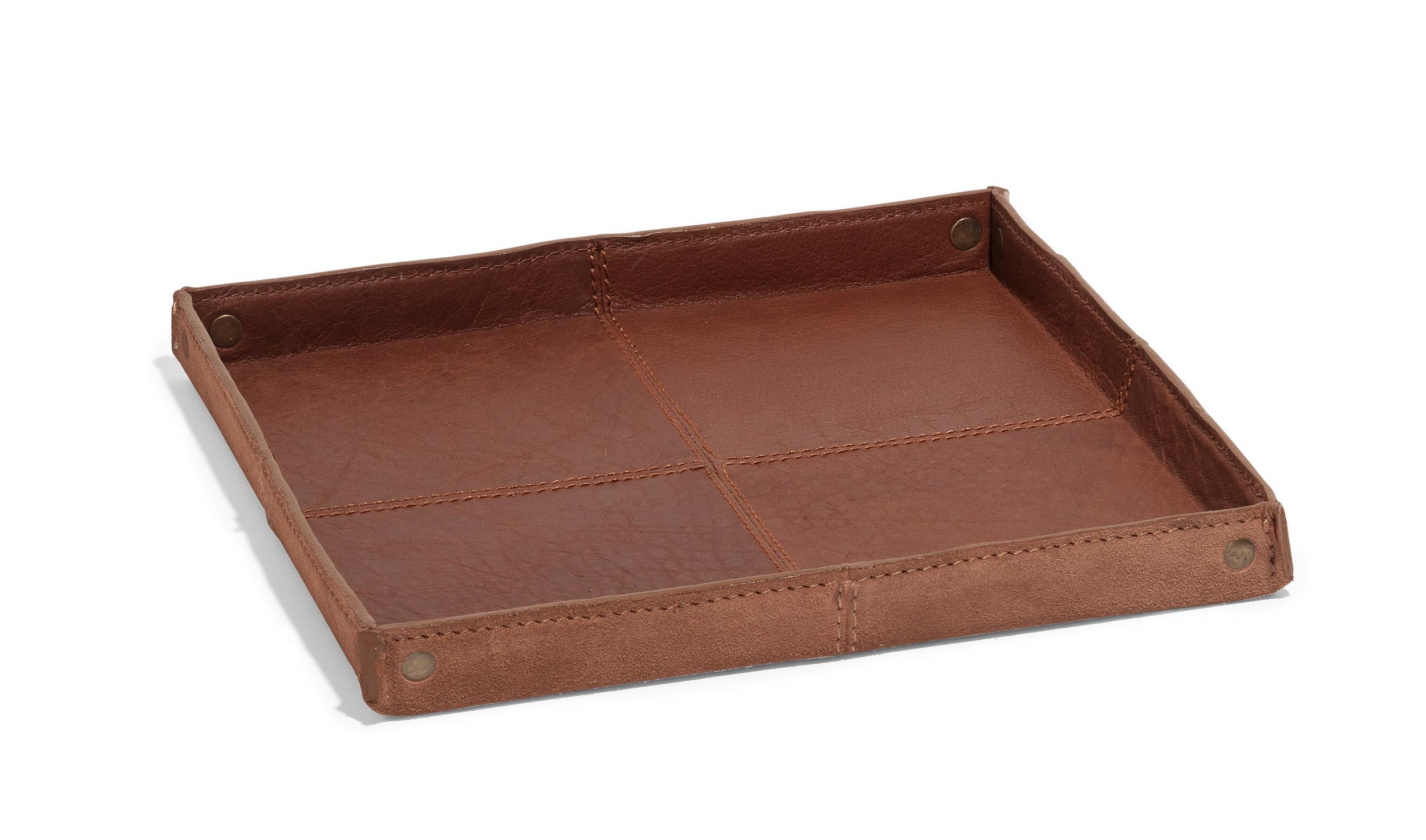 Harris tray cognac buffalo leather 24x24  Laig tray cognac buffalo leather 34x34