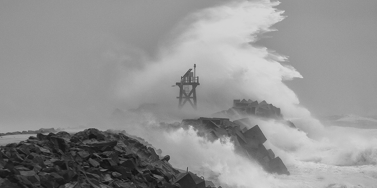 Nobby's breakwall on an angry day