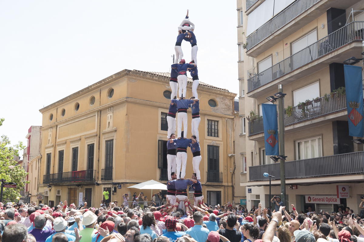 Castell (People Tower)