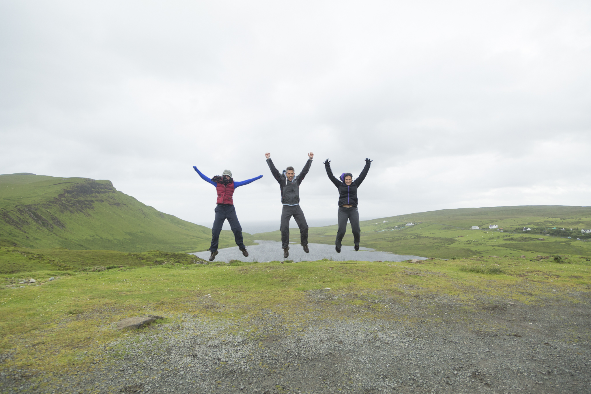 Cursory jump at Loch Mor with Katherine Williams and Izabela Jusrka