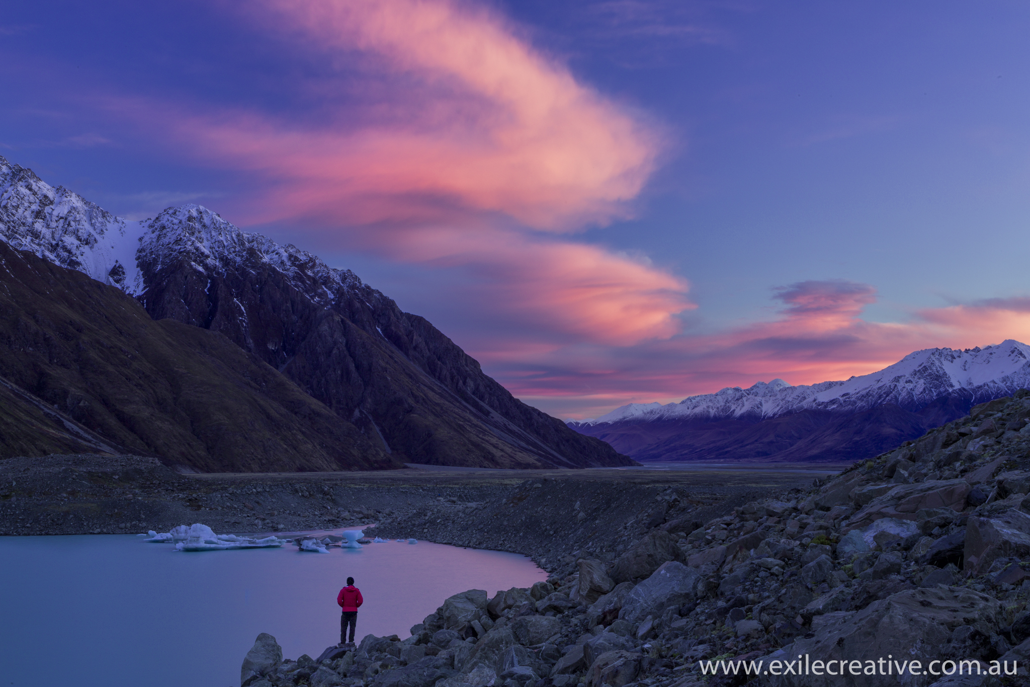 Tasman Lake  Canon 5Dmiii, 24-105L IS @ 50mm, ISO50, f/22, 6s
