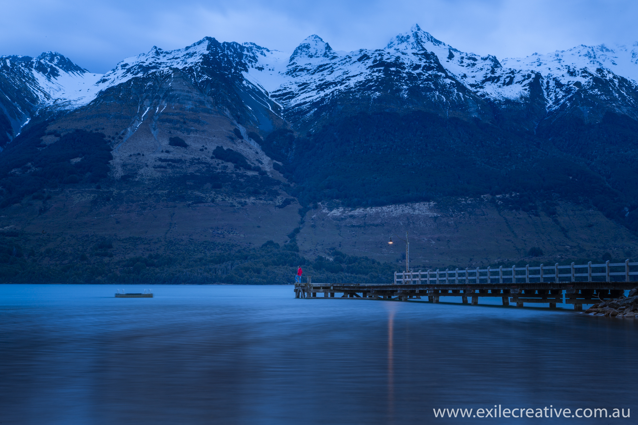 Glenorchy wharf at sunrise.  Canon 5Dmiii, 16-35L iii @ 16mm, ISO50, f/22, 20s, B+W CPL