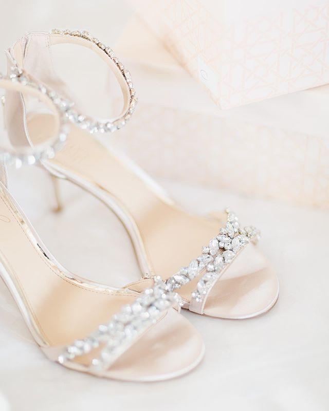 These shoes! • • • • #weddingphotography #engaged #elopement #destinationwedding #fairytale #wedding #fineartweddings #weddinginspo #bridetobe #newlyweds #mrandmrs #loveauthentic #bridalbeauty #bridalstyle #photobugcommunity #elopementcollective #vscocam #risingtidesociety #heyheyhellomay #ftmedd #lookslikefilm #fearlessphotographer #radlovestories #utterlyengaged #belovedstories #buzzfeedweddings #kinfolk #rfwppi #natgeoinspires #bridalshoes