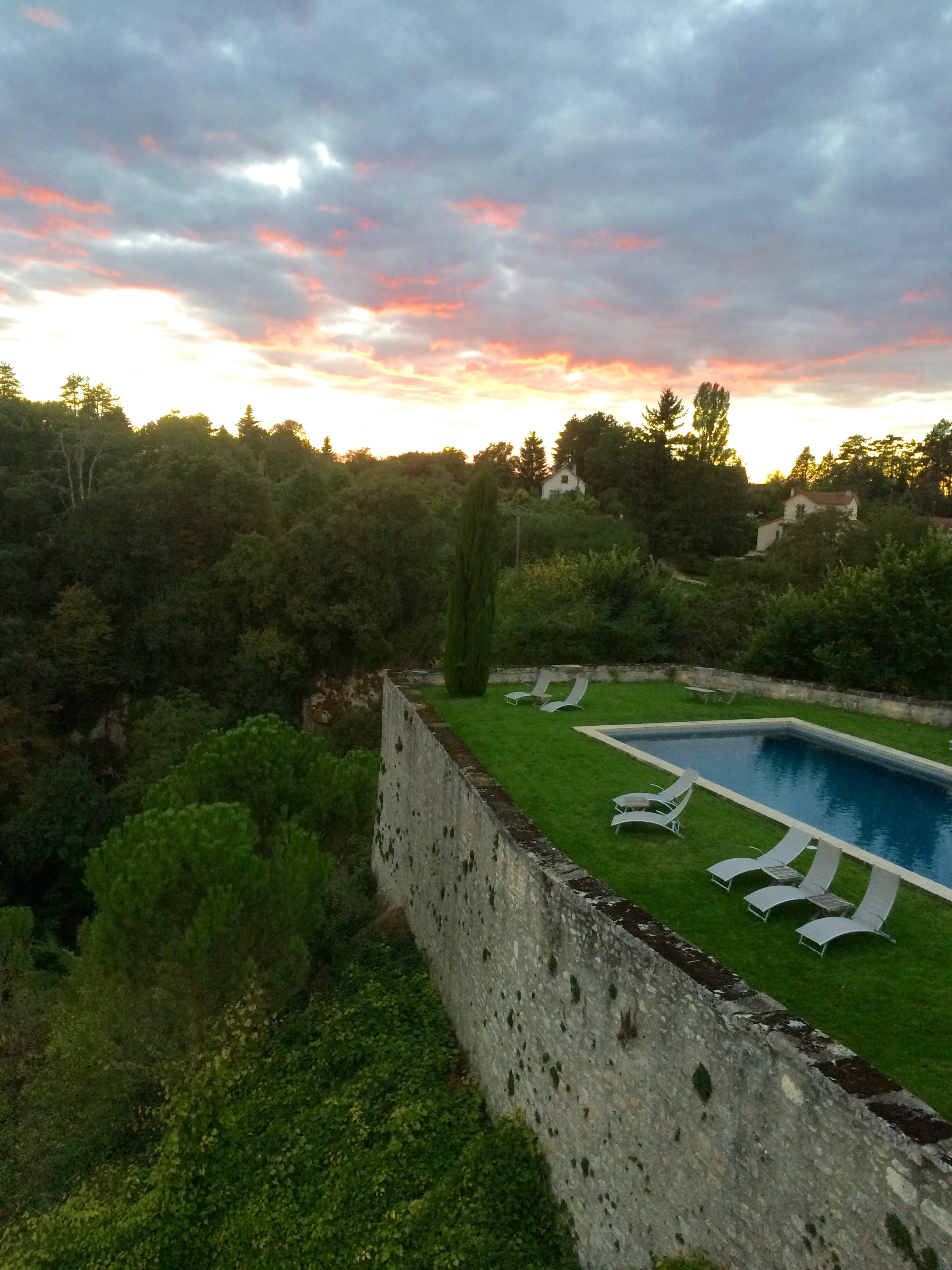 Chateau_PoolCliff_Sunset.jpg