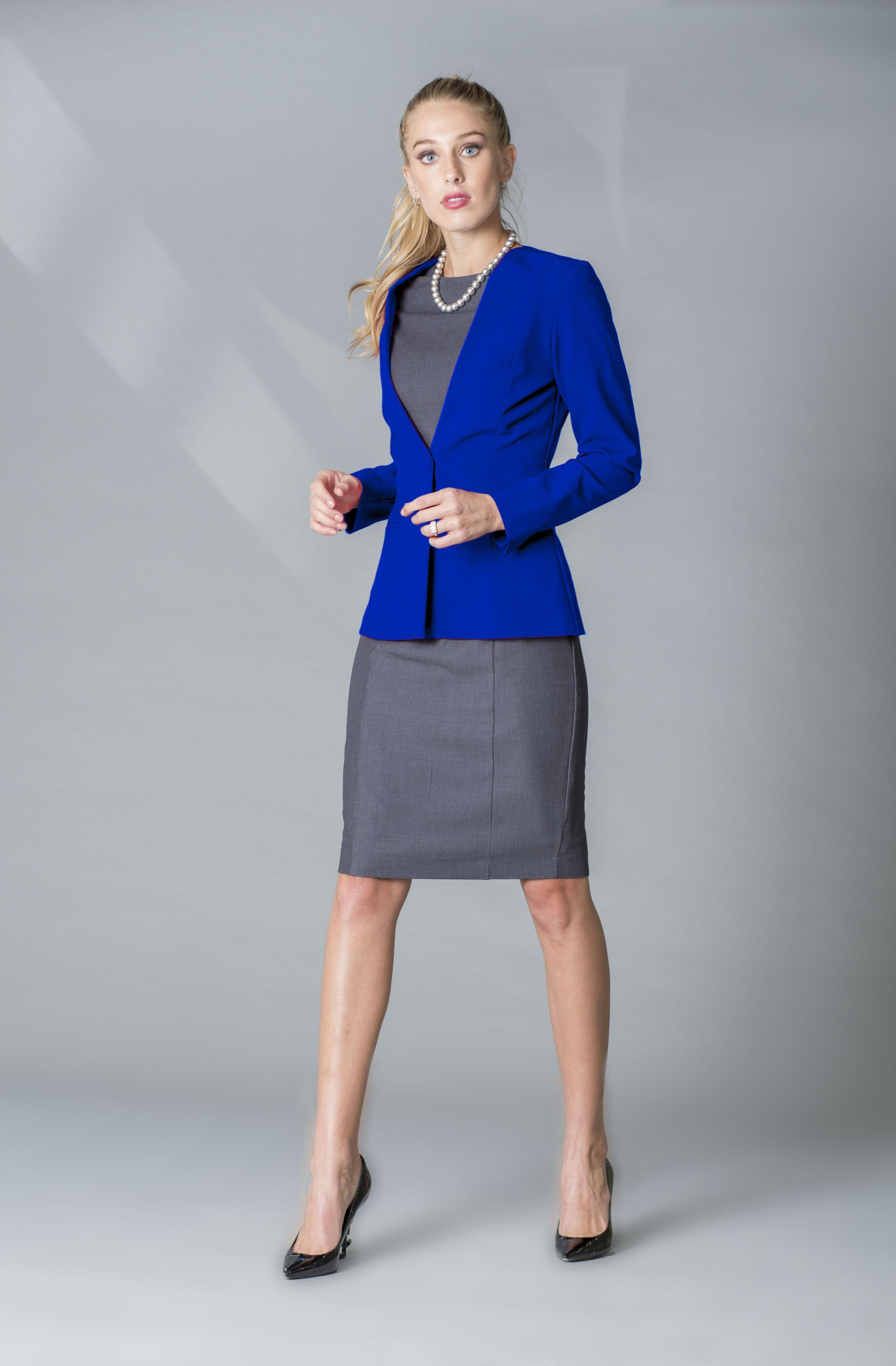 MDSN Vestido VV gris -saco azul rey copy.jpg
