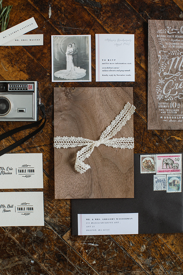 We tied everything up with crocheted lace to give the package a vintage and homespun look.