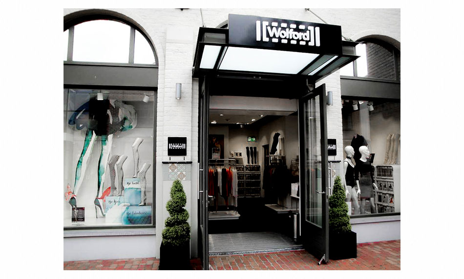 All rights: Wolford
