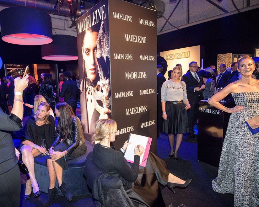 Virginia-Romo-Fashion-Illustration-Madeleine-Tribute-to-Bambi-2017-Kerstin-Linnartz--x-.jpg