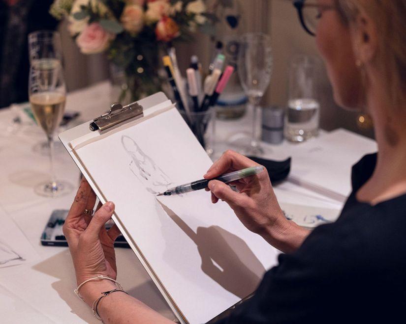 Virginia-Romo-Live-Sketching-Fashion-Illustration-Duftstars-Dior-Foto-Julian-Reichwald-SkAp1mzw--x-.jpg