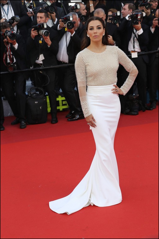 Eva-Longoria-lors-du-Festival-de-Cannes-le-11-mai-2016_exact1024x768_p.jpg