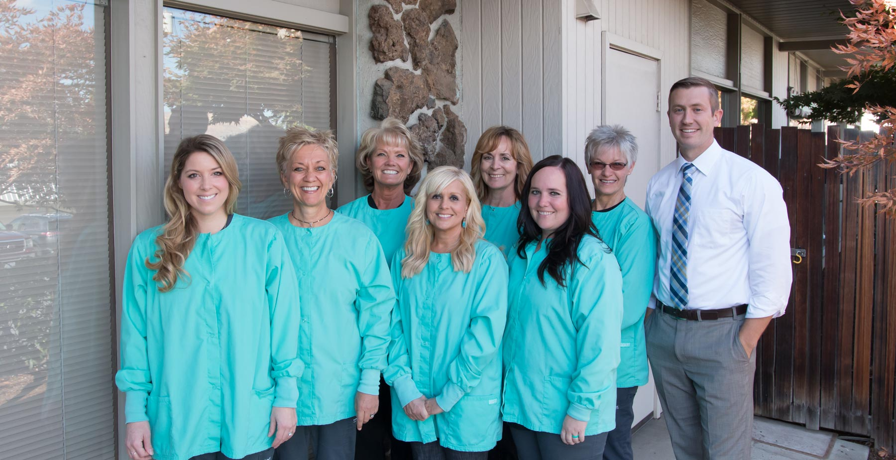 home-index-fam-tree-dentistry-team.jpg