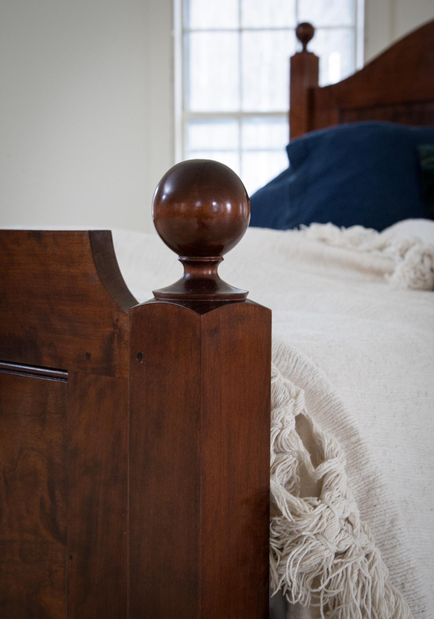 bed_custom_finial.jpg
