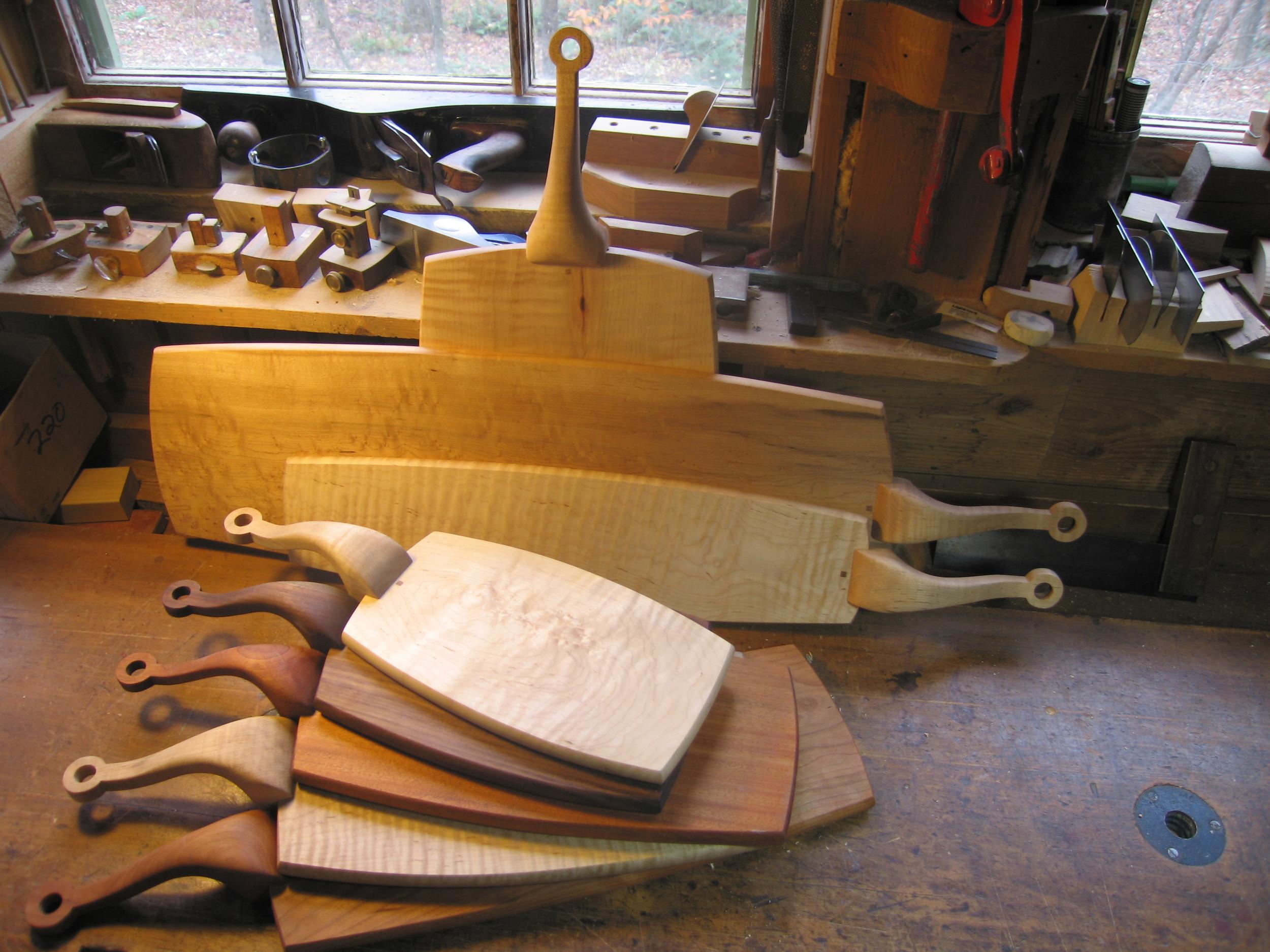 smallc_cutting_board_wood.JPG