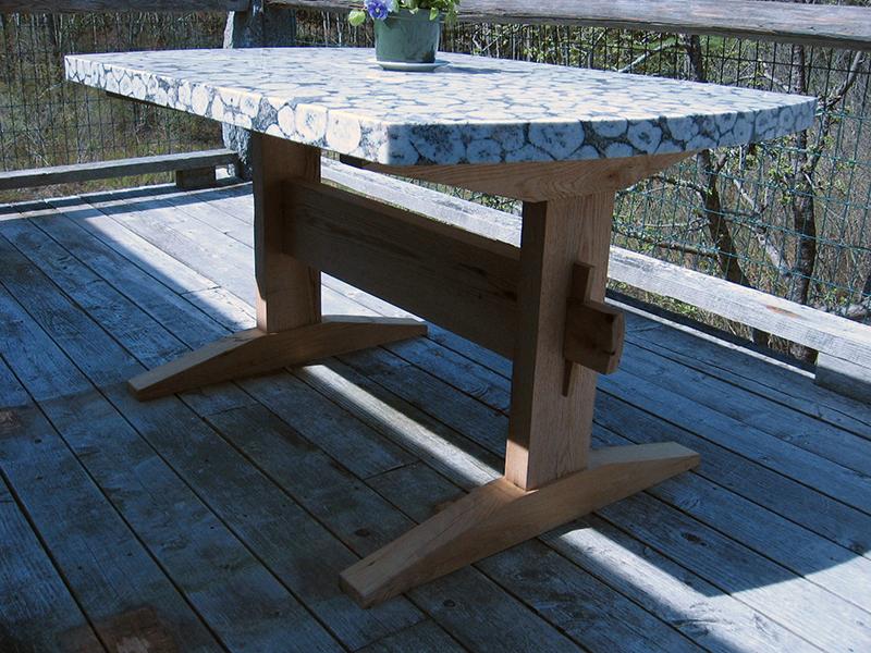 table_base_granite_local.jpg