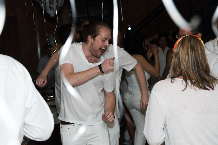 WhiteParty-18.jpg