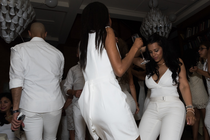 WhiteParty-17.jpg