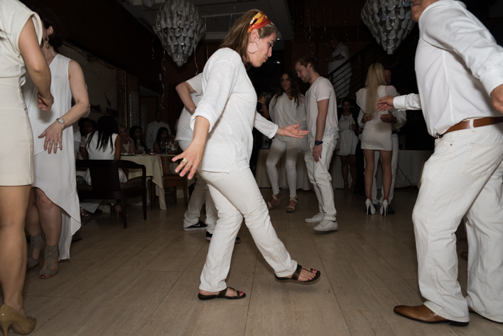 WhiteParty-8.jpg