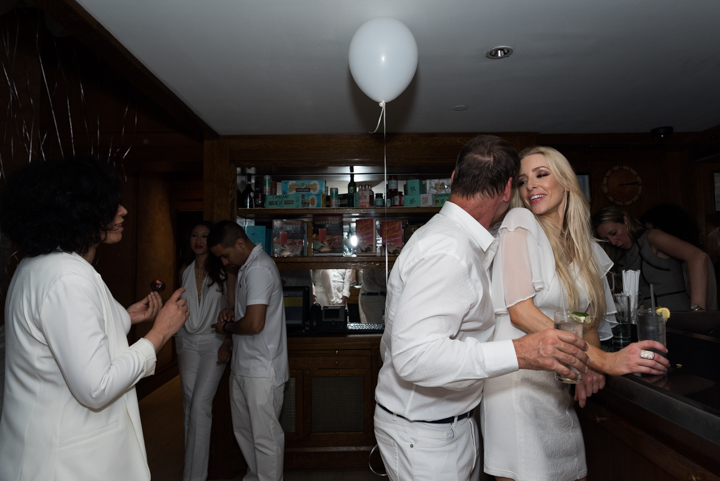 WhiteParty-3.jpg