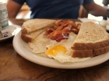beverlys_eggs_and_toast_347x259.jpg