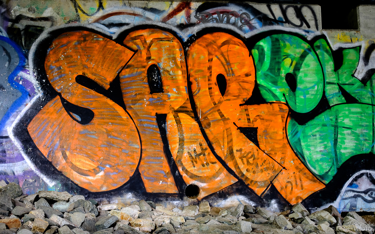 Grafittis in downtown Sherbrooke OLNEY Photographe
