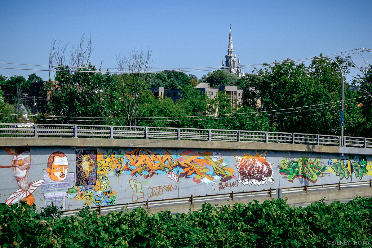 Grafittis on road access in Sherbrooke OLNEY Photographe