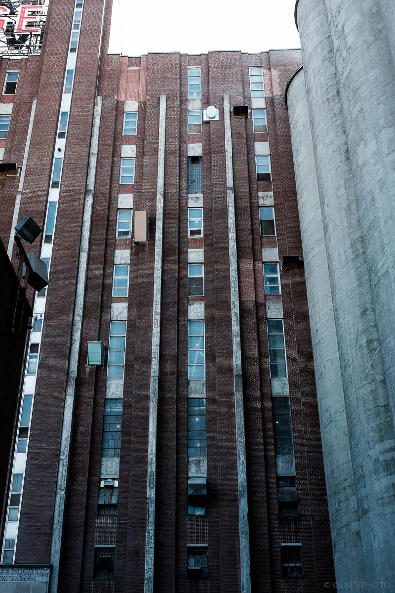 Usine et bureau de Montréal en Classic Chrome OLNEY Photographe Sherbrooke