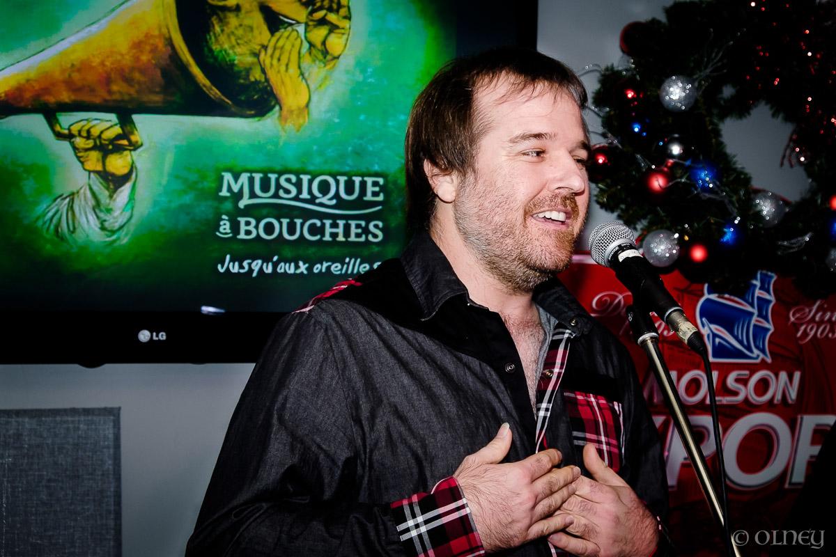 Chanteur de Musique à Bouches OLNEY Photographe Sherbrooke