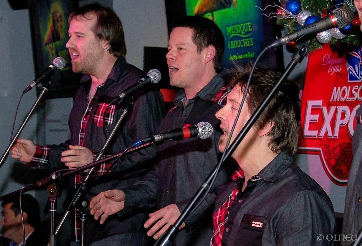 Musique à Bouches en prestation pour Noël OLNEY Photographe Sherbrooke