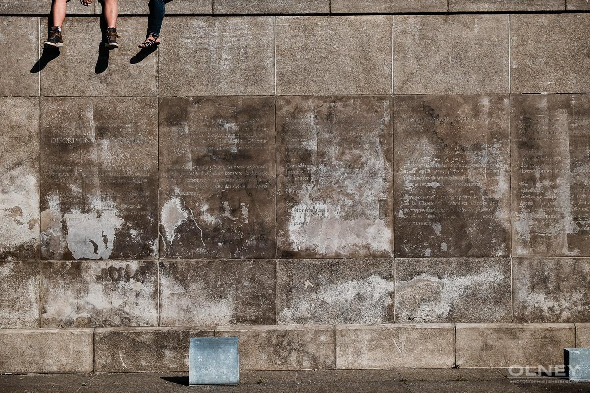 Declaration on a wall montreal street photography olney photographe sherbrooke