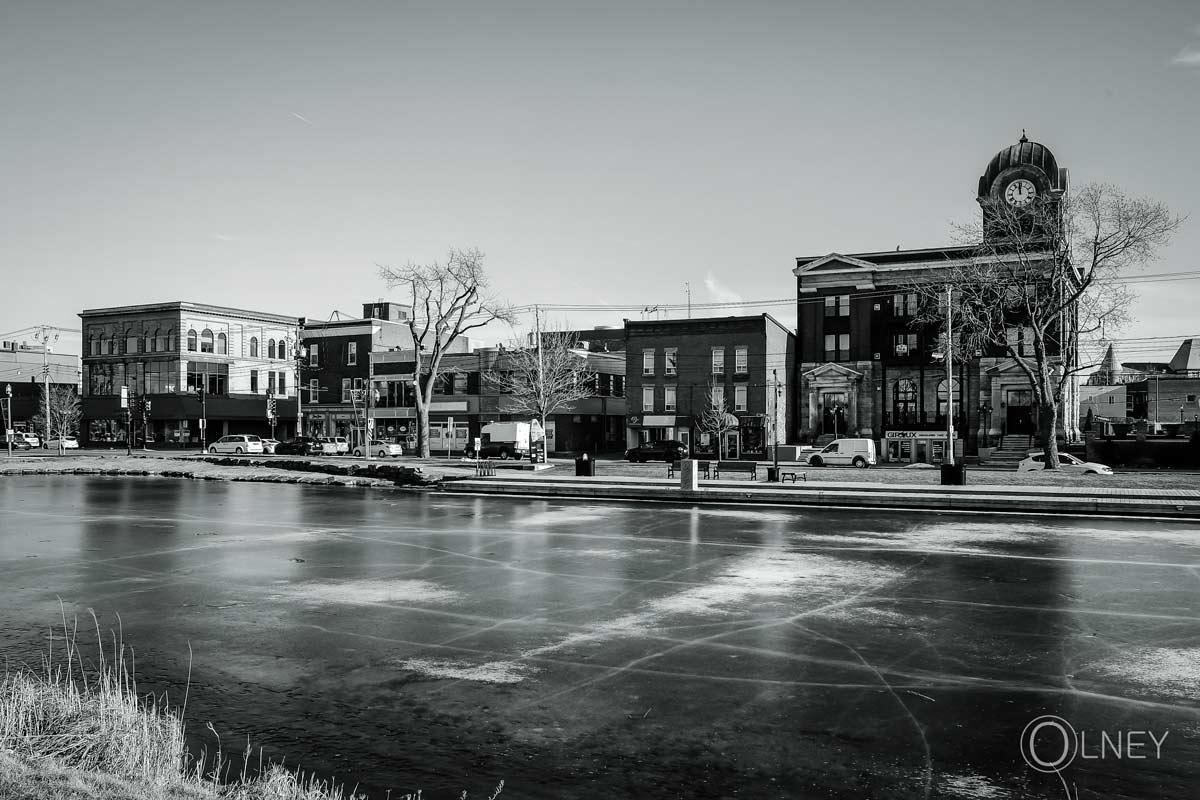 glace sur le vieux canal de beauharnois
