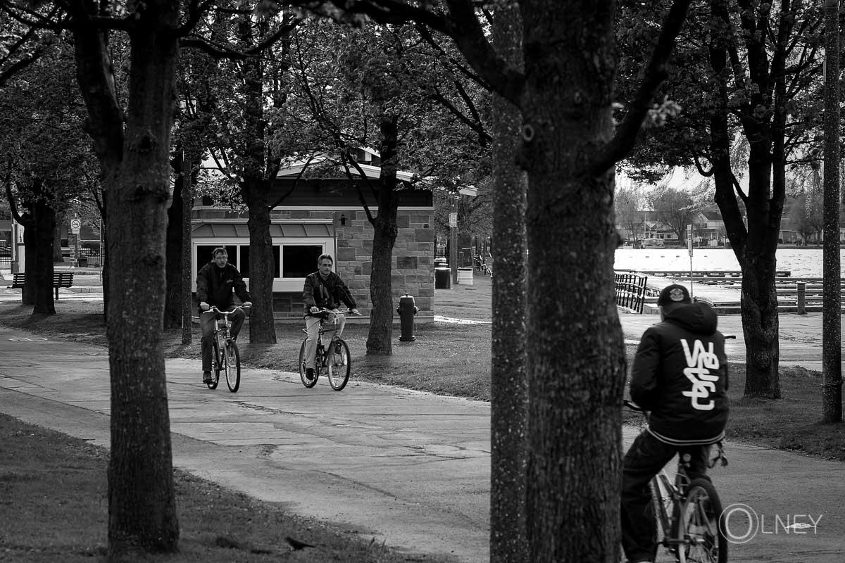 Cyclistes au Parc Sauvé