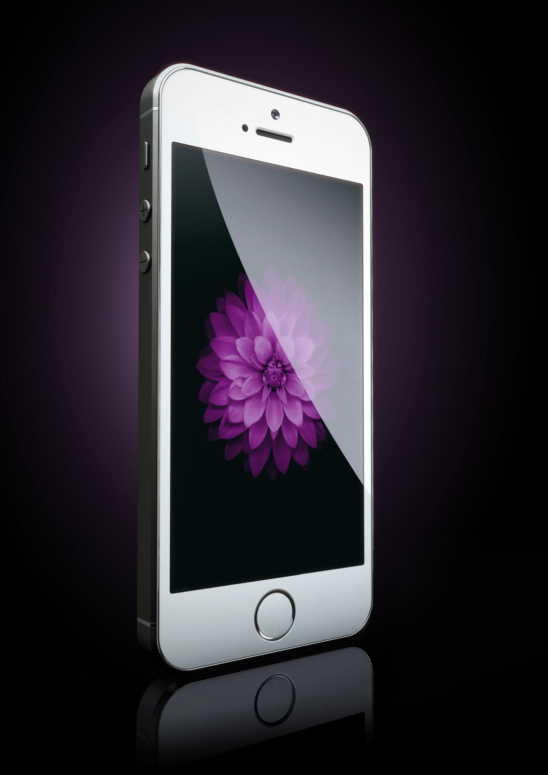 BOOM_CGI_PRODUCT_i-phone.jpg