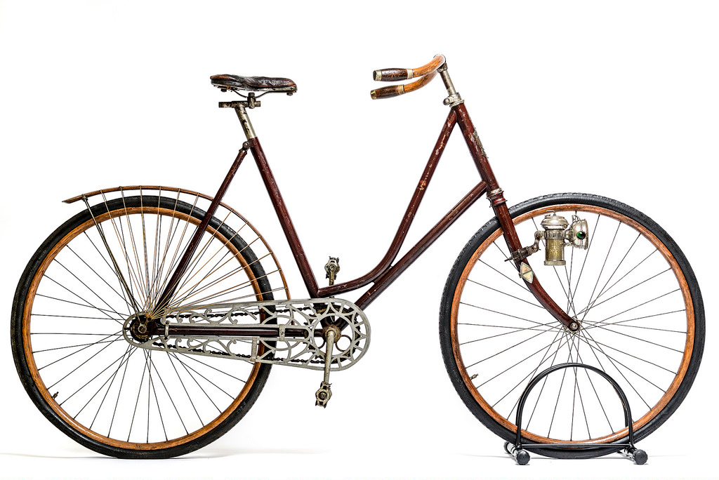 A Women's Safety  The Columbus Bicycle Co., Columbus, Ohio; Columbia Lady's Pneumatic Safety Bicycle; ca. 1897; Steel, wood, cast aluminum, rubber, cork, hemp twine; Cycling Museum of Minnesota, Collection of Juston Anderson; L2014.1.5