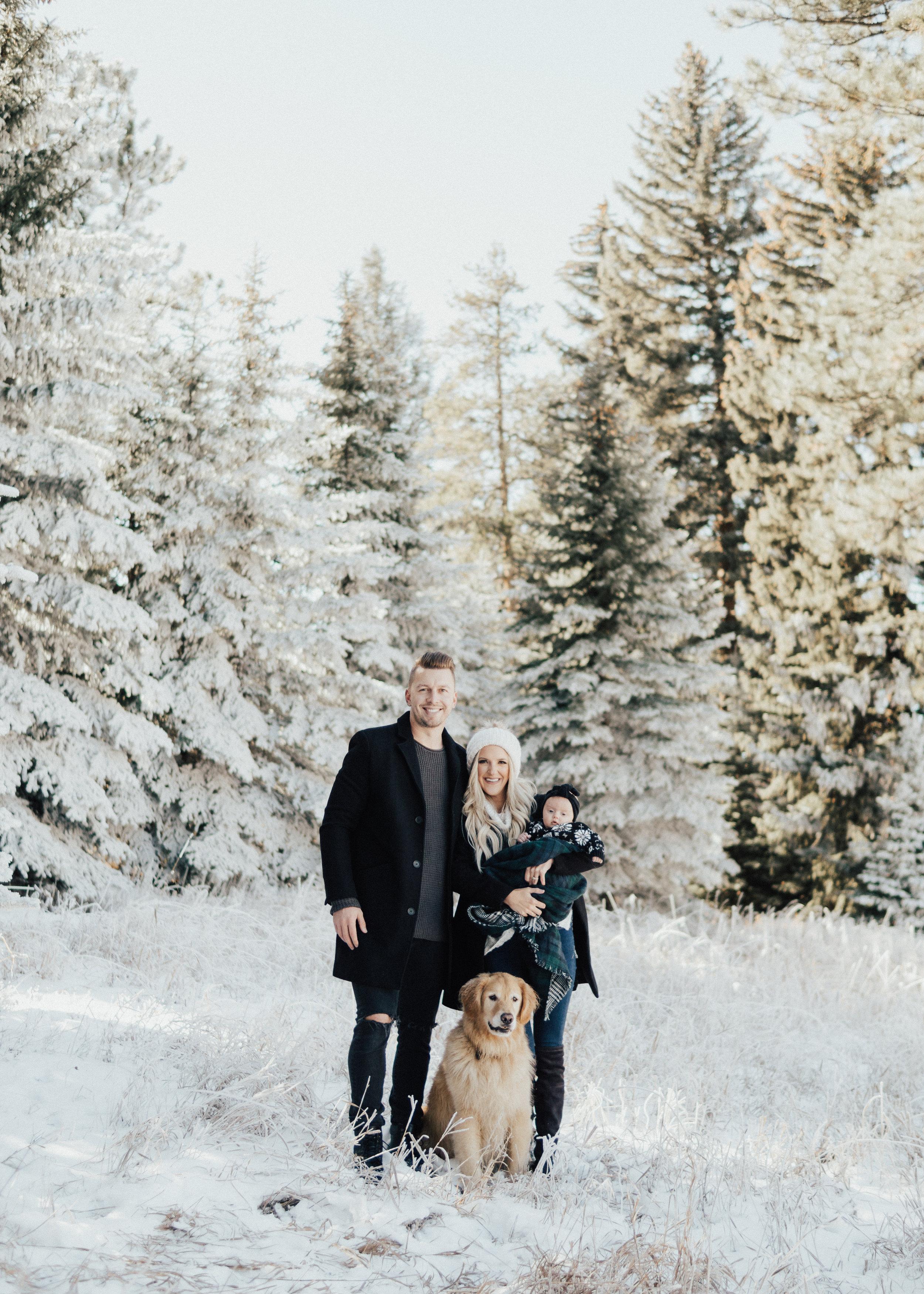 201811-18_ChristmasPics-26.jpg