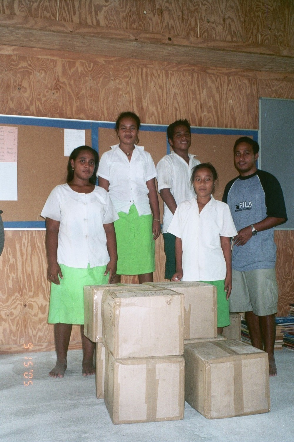 Students of Rawannawi JSS, Marakei.JPG