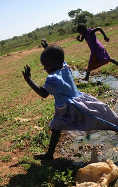 Streamjumping_Uganda.jpg