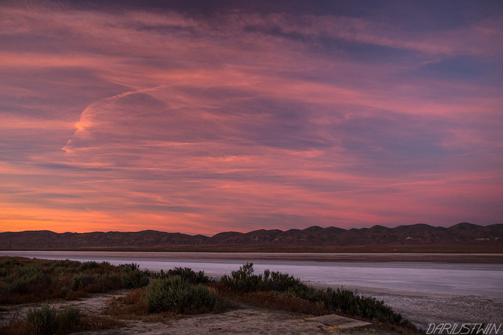 Soda_Lake_travel_blog_dariustwin_nature_photography_sunset.jpg