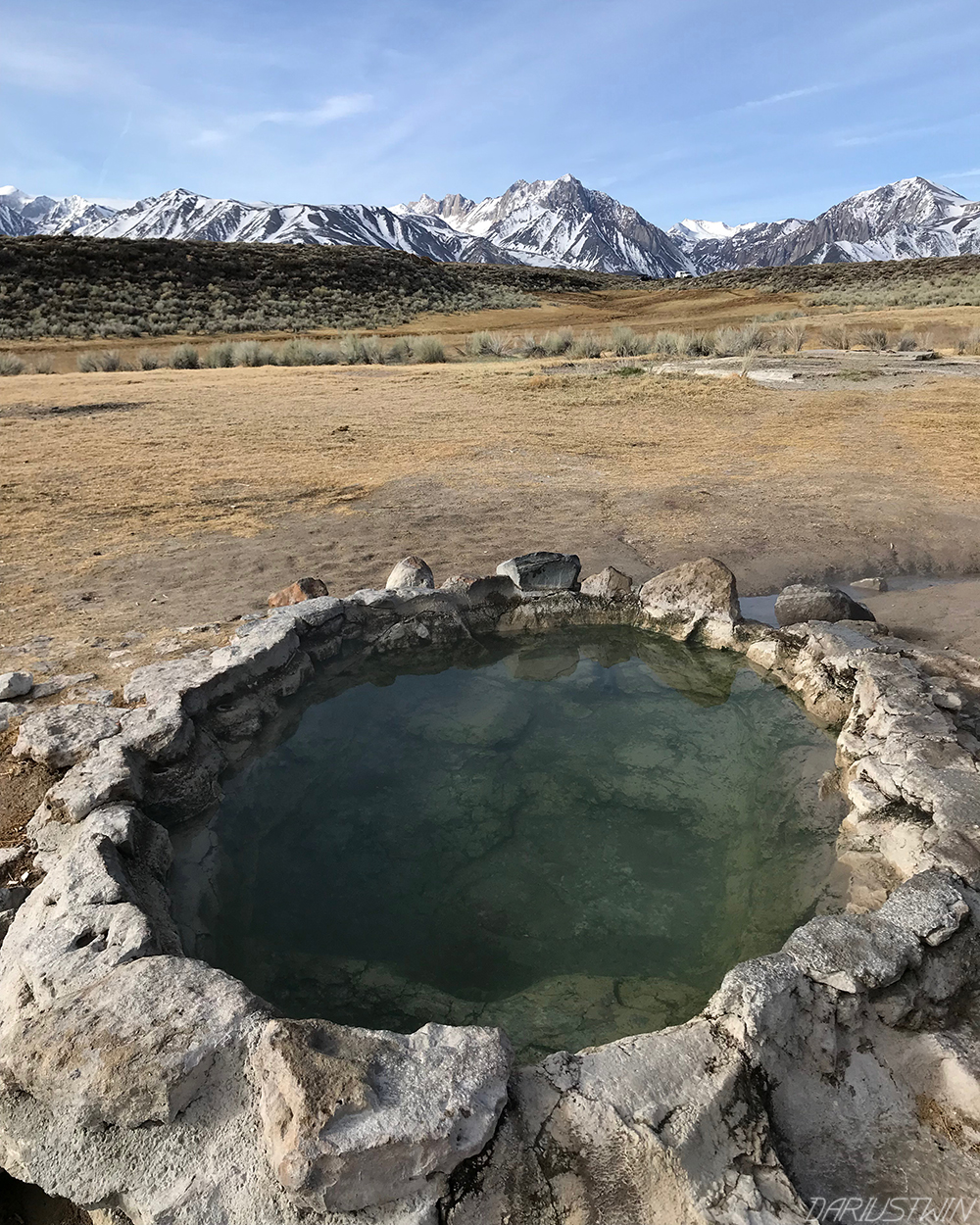 hotsprings_mountains_easternsierras_nature_travel_california_dariustwin.jpg