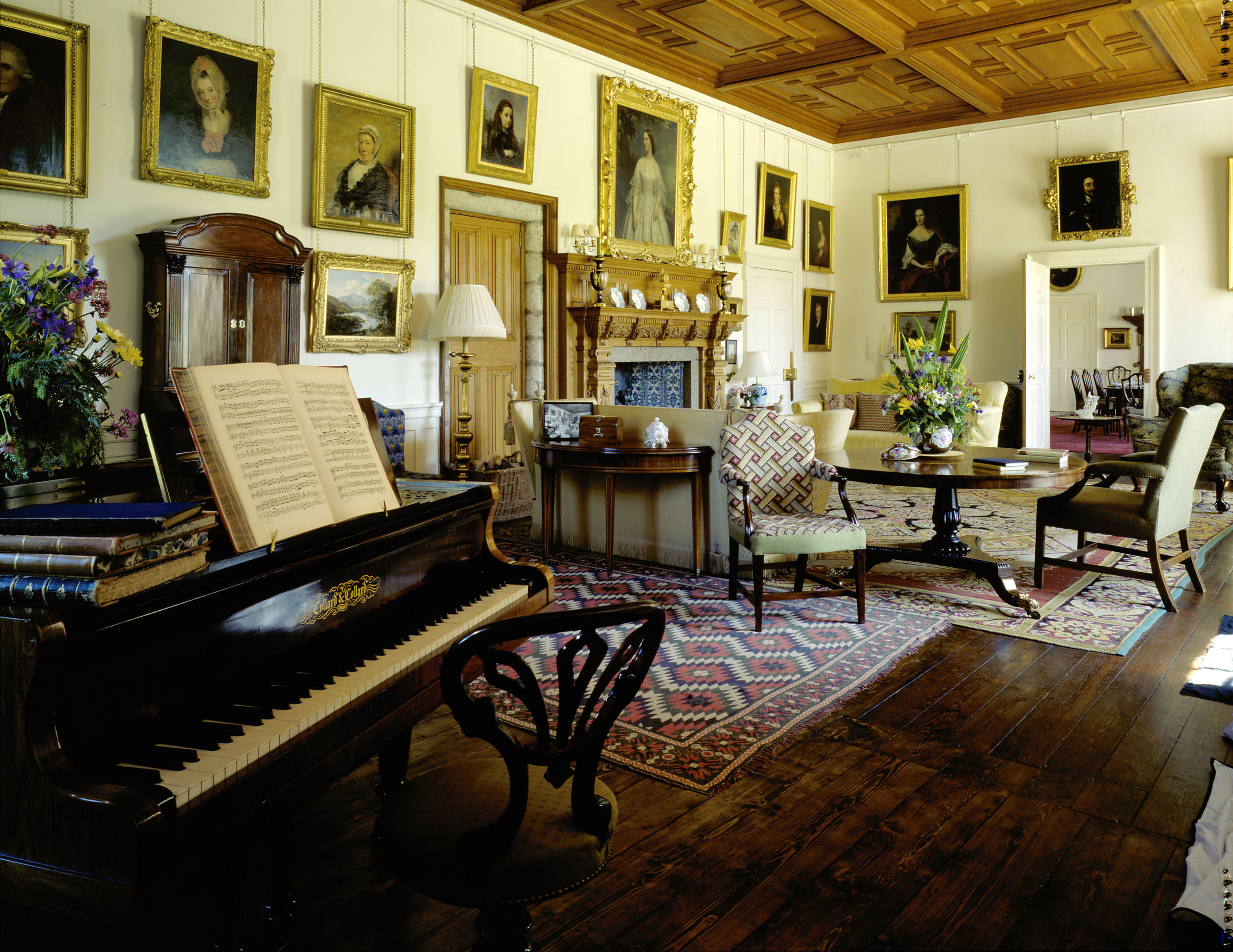 Drawing Room-1.jpg