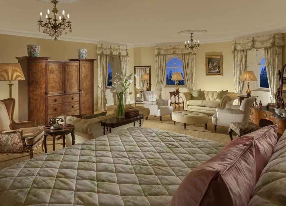 bedroomslow21.jpg
