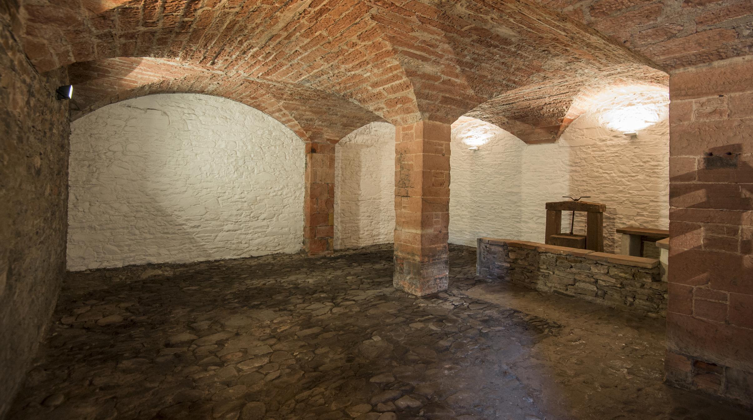 Vaulted Cellar - Phil Wilkinson.JPG