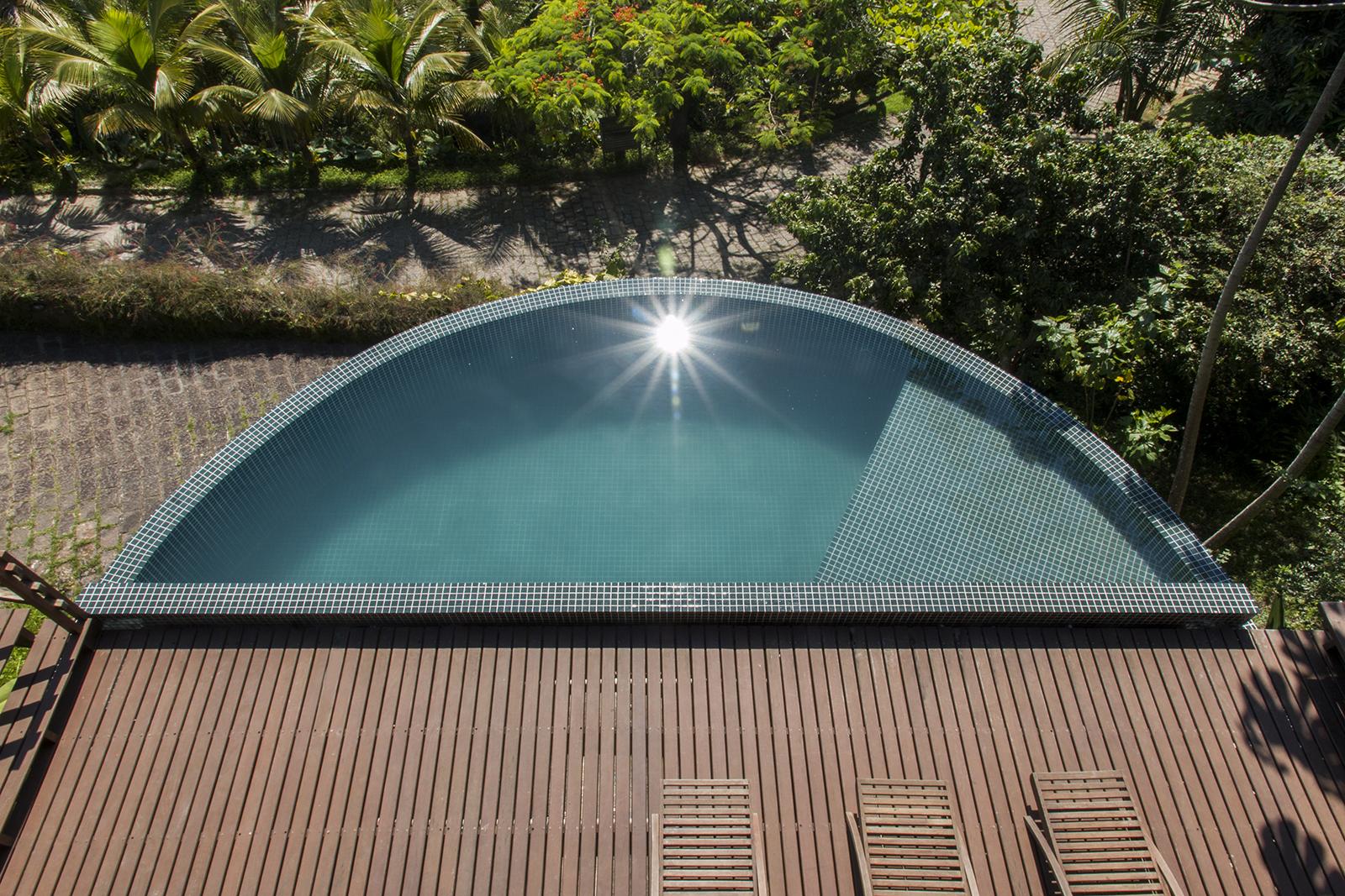piscina01.jpg