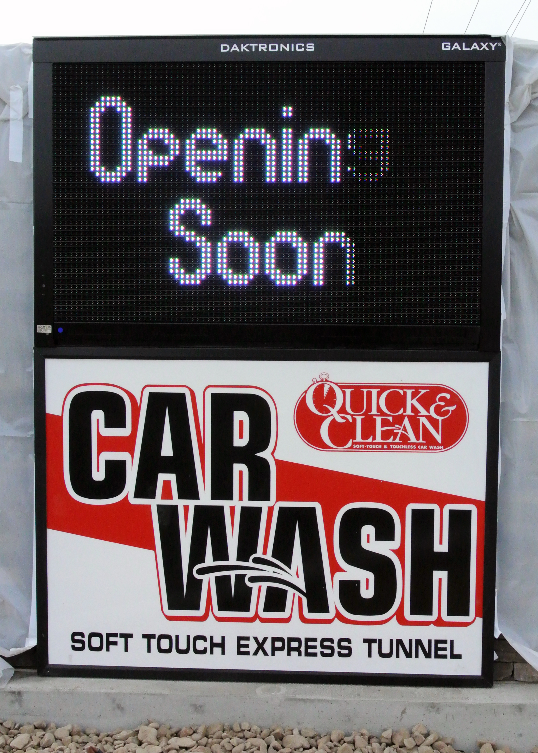 Quick & Clean open sign.jpg