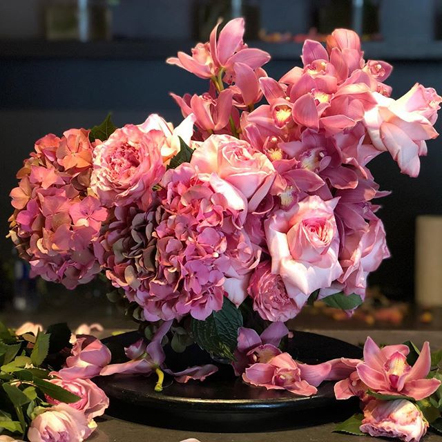 Introducing  Blushin' for #valentinesday! Our decadent gift bouquet is ready for preorders, in all your favourite sizes!  #rosesetpivoines #atmdd  call or email now for pricing.  #centerpieces #centrepieces #miamiweddings #miamibrides #miamiflorist #miamicorporateevents #eventpros #weddingstyle #floristsofinstagram #miamiflowers #eventprofs #miamibouquets #miamiflorals #southernweddings #miamievents