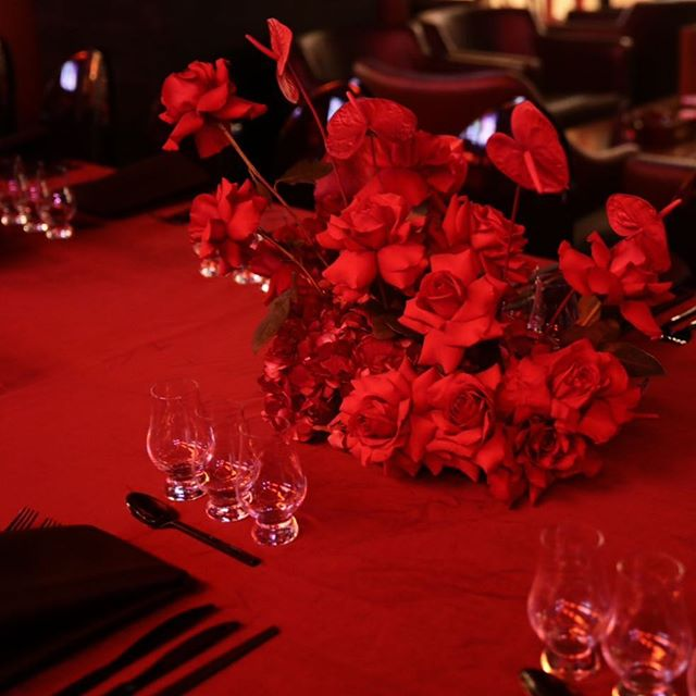 #seeingred with @aesthete.wib @roxannebellamy @nirvanajewell  #rosesetpivoines #atmdd  call or email now for pricing.  #centerpieces #centrepieces #miamiweddings #miamibrides #miamiflorist #miamicorporateevents #eventpros #weddingstyle #floristsofinstagram #miamiflowers #eventprofs #miamibouquets #miamiflorals #southernweddings #miamievents